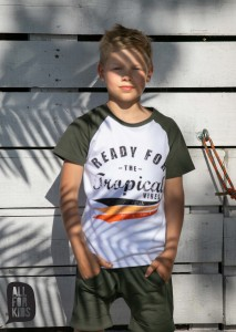 T-shirt TROPICAL VIBES - KHAKI / All for Kids
