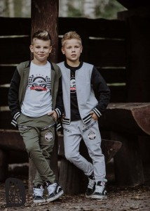Joggery z grafiką RACING - KHAKI / All for Kids