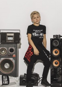 T-shirt GRUNGE - CZARNY / All for Kids