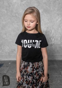 T-shirt LOVELY - CZARNY / All For Kids